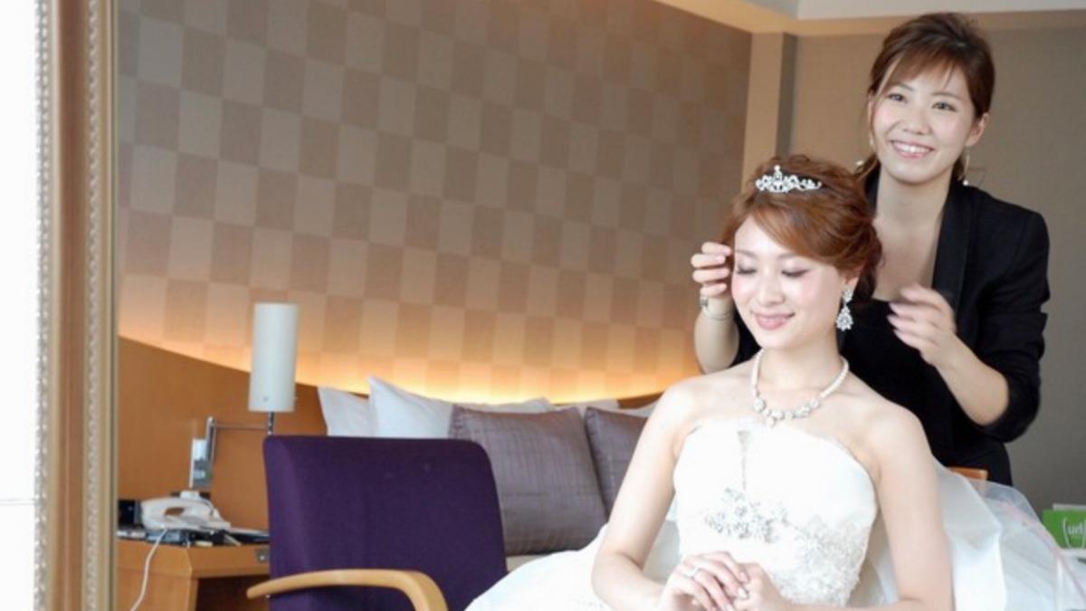 結婚式 ヘアセット ショート 前髪なし