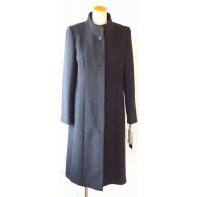 ドレス の 上 に 着る コート 冬