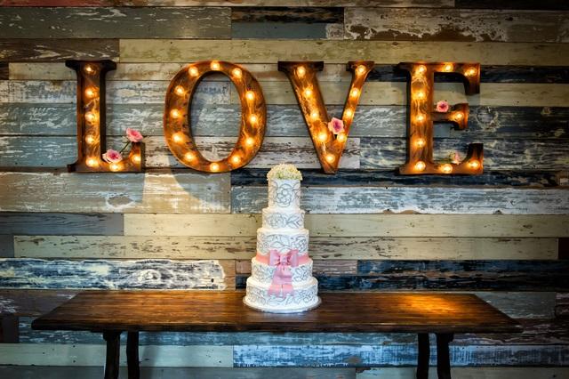 結婚式エンドロールのメッセージ文例 コメントの順番も解説