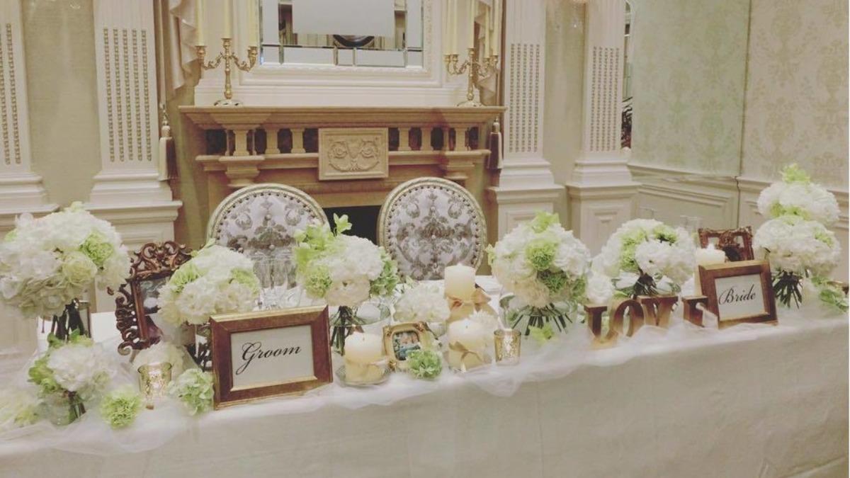 会場装飾編 大人可愛い を結婚式のテーマに 上品 シンプルな百花