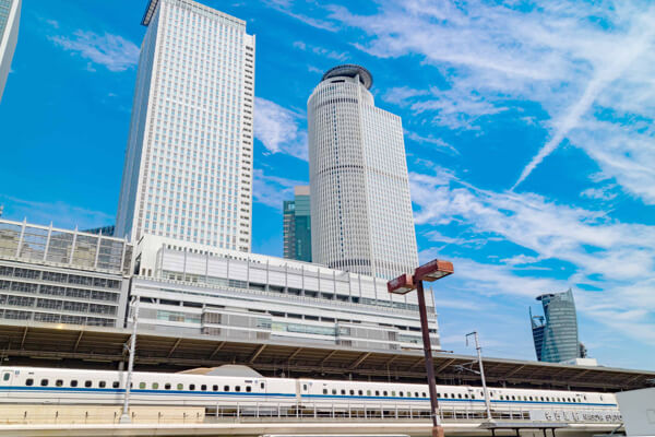 新幹線が停まる駅チカ会場