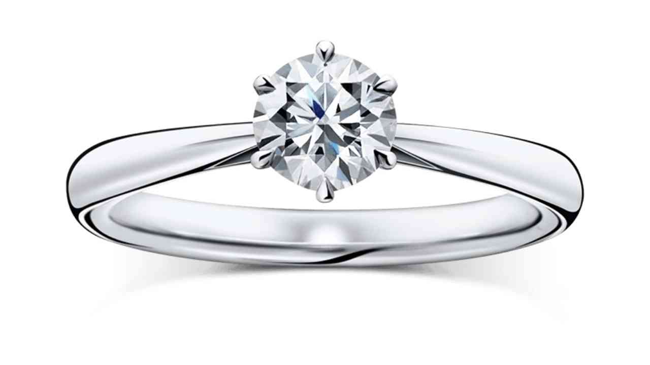 ラザールダイヤモンド婚約指輪・レヴァランス