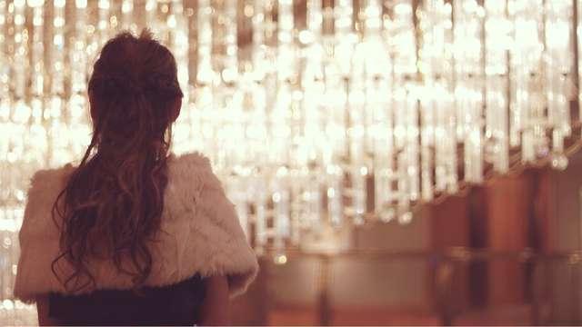 結婚式のヘアアクセサリーはファー素材に注意