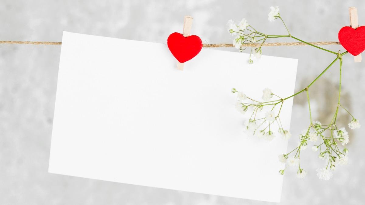 【例文集】結婚式の招待状に書くお祝い返信メッセージまとめ