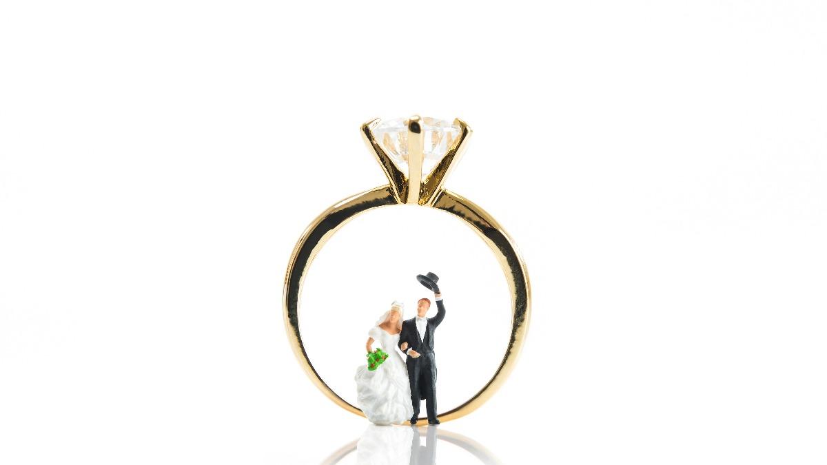 結婚指輪でも人気*ダイヤ付き結婚指輪の魅力と人気ブランド別デザイン